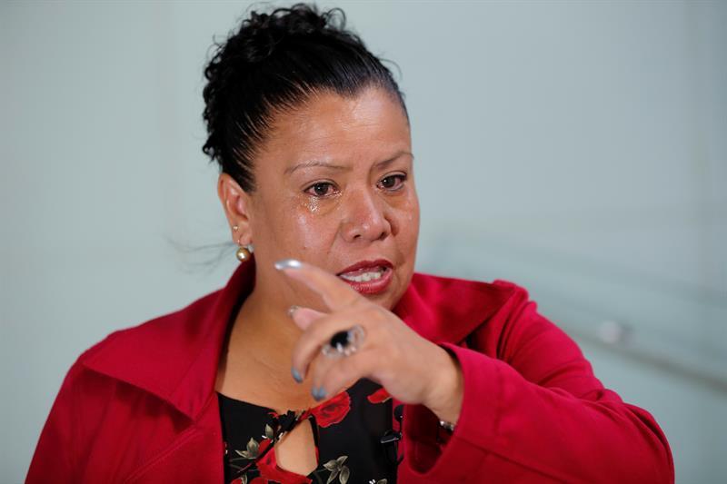 Incoherencias y desdén, obstáculos para madre que busca policía desaparecido .jpg