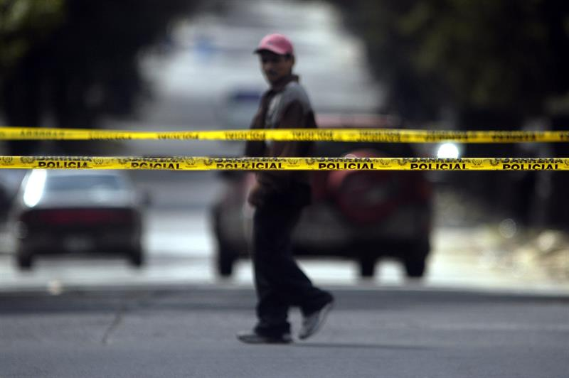 Un tiroteo deja tres heridos en el centro de Manhattan, en Nueva York .jpg