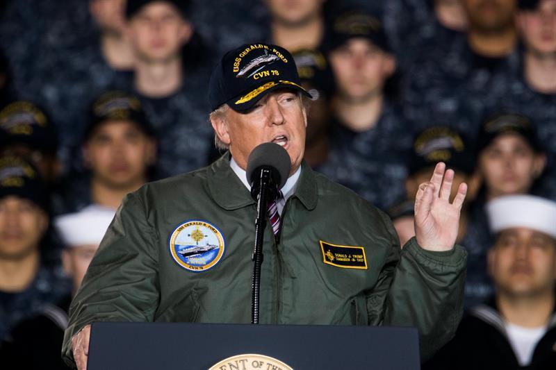 El 60 % de los estadounidenses no se fía de que Trump maneje el botón nuclear .jpg