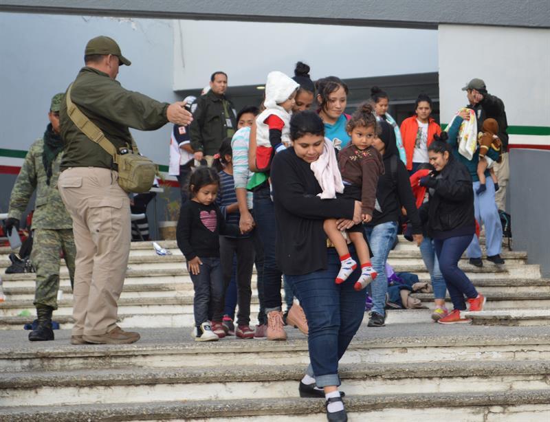 Autoridades mexicanas rescatan a 301 migrantes centroamericanos en riesgo .jpg