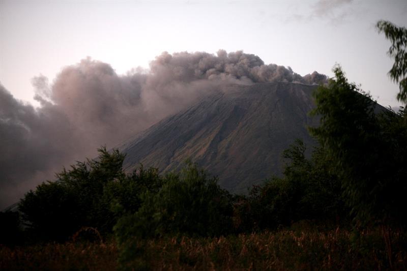 Aumenta el tremor en el volcán más alto de Nicaragua y avisan de una posible explosión .jpg