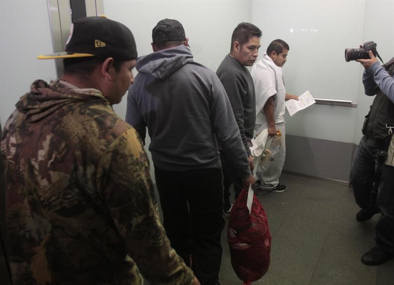Un total de 4.255 hondureños deportados en enero, 3,7 por ciento más que en 2017 .jpg