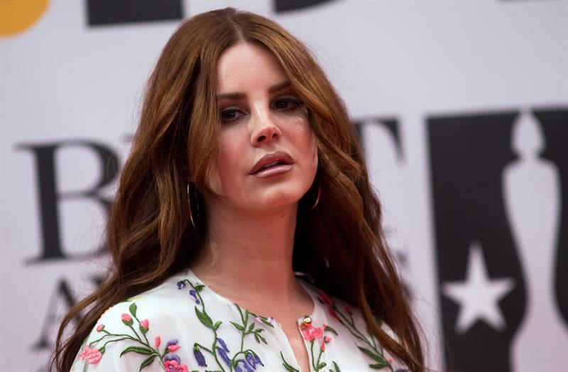 Arrestan en Florida al hombre que amenazó con secuestrar a la cantante Lana Del Rey .jpg