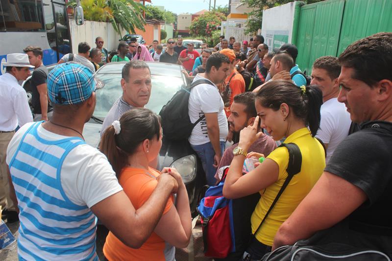 Detienen a 53 migrantes guatemaltecos en el estado mexicano de Veracruz .jpg