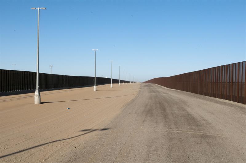 Una aplicación móvil promete ayudar a los indocumentados a cruzar la frontera de EE.UU. .jpg