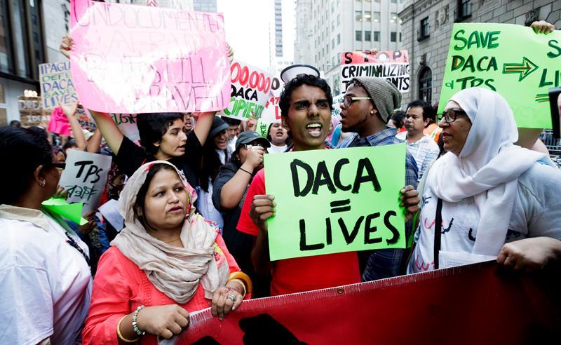 Un tribunal de Nueva York pone freno a la eliminación del programa DACA .jpg