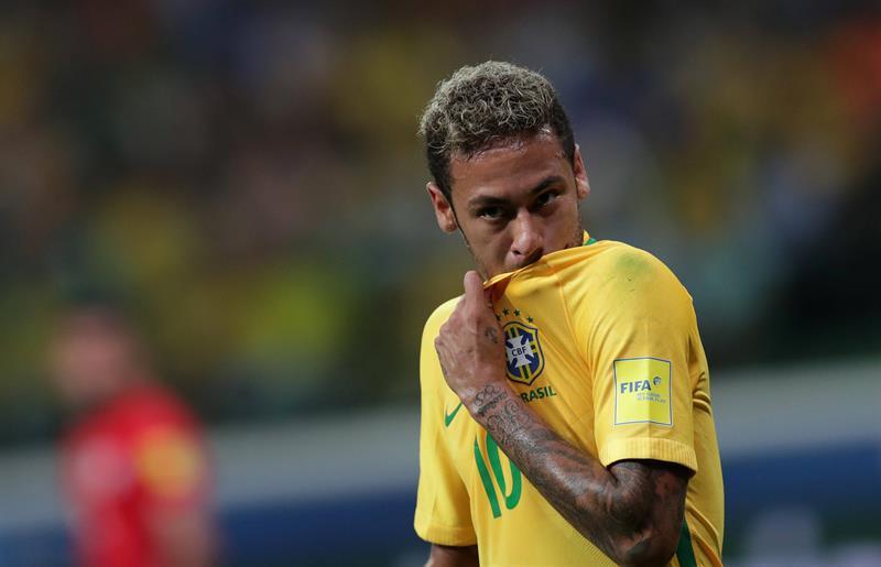 Neymar, Alves, Marcelo, Casemiro y Coutinho, entre 15 fijos para el Mundial .jpg