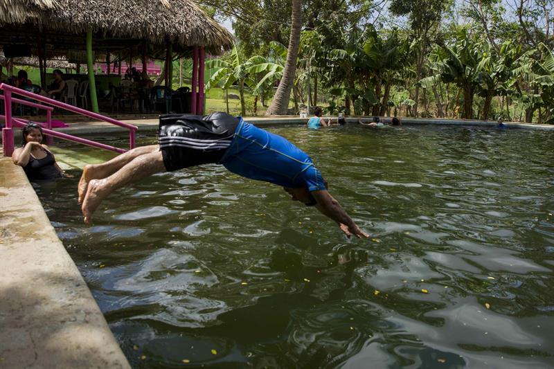 Las aguas termales de Tipitapa, un alivio para la salud y estrés en Nicaragua .jpg