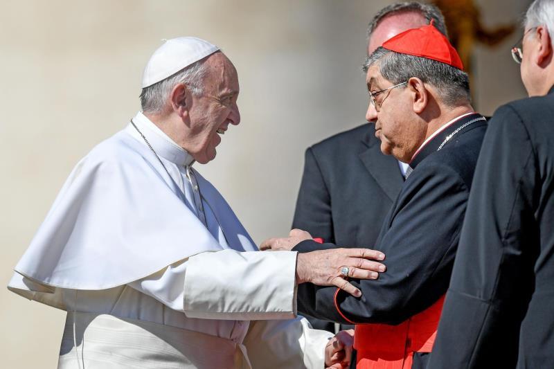 El arzobispo de Nápoles envía al Vaticano un informe sobre orgías de curas gais .jpg