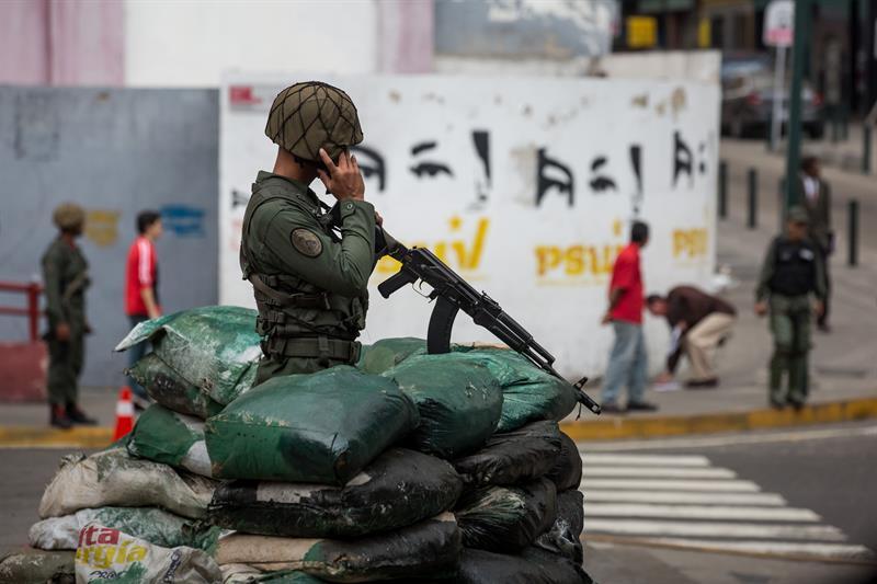 Nueve militares venezolanos acusados de %22traición a la patria%22 .jpg