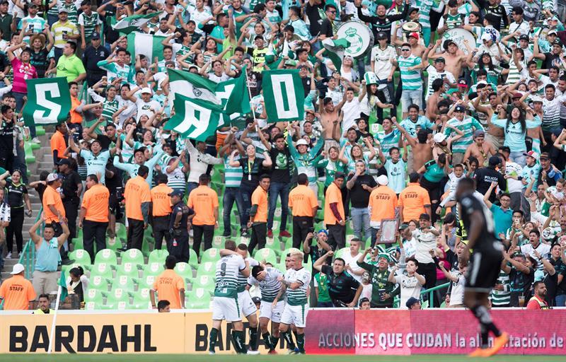 El Santos Laguna ratifica su liderato en el fútbol en México; Tavares sigue como goleador .jpg