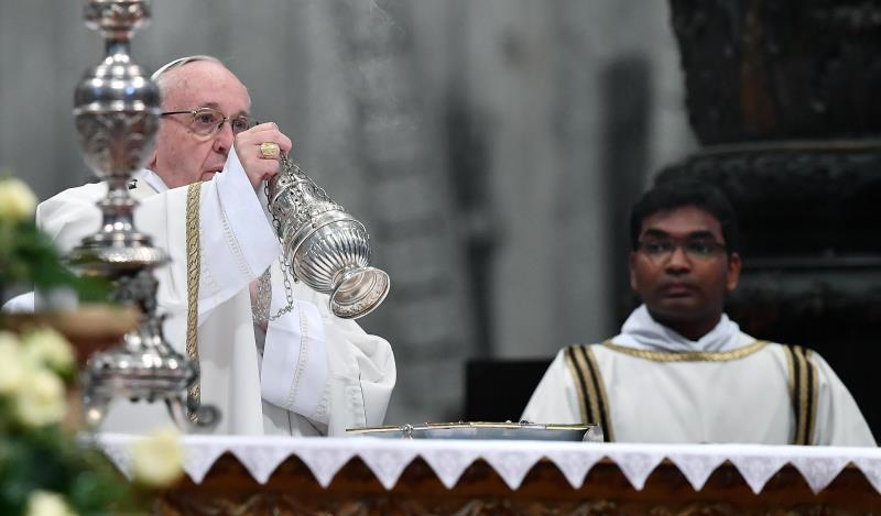 El papa Francisco dice que se operará de cataratas el próximo año .jpg