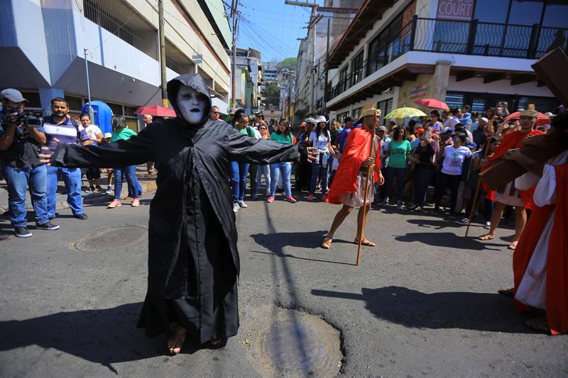 Al menos 74 muertos, la mayoría homicidios, durante Semana Santa en Honduras .jpg