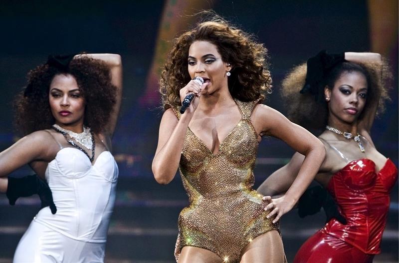 Beyoncé encabeza el Festival de Coachella con sabor latino y poco rock .jpg