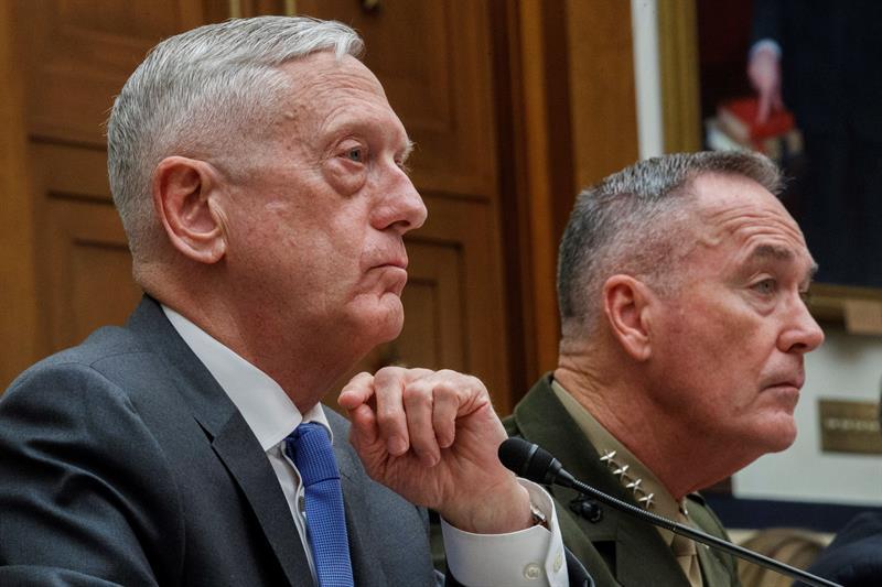 El Pentágono solo apoya una valla fronteriza para la seguridad ante maniobras militares .jpg
