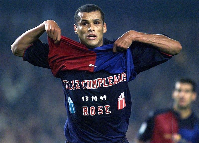 Las %22leyendas%22 del Barça vencen a las de Pernambuco en un homenaje a Rivaldo .jpg