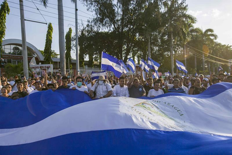 Miles demuestran su hartazgo contra el Gobierno de Daniel Ortega en Nicaragua 1.jpg