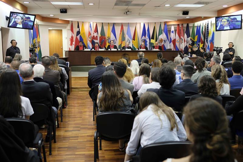 Piden justicia ante la CorteIDH por desapariciones durante el combate al narcotráfico en México .jpg