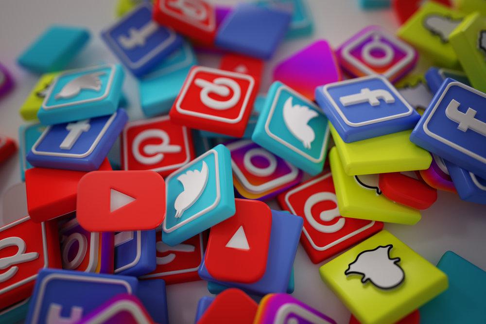 las redes sociales va.jpg