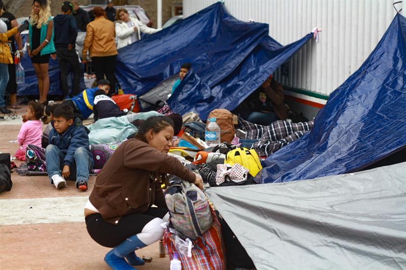 Migrantes aguardan con incertidumbre trámite de solicitudes de asilo en EEUU .jpg