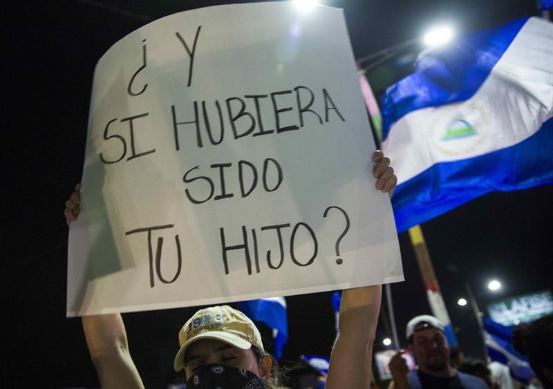 Nicaragüenses siguen en las calles demandando justicia y dimisión de Ortega .jpg