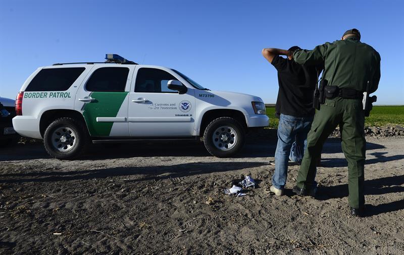 Suben en abril un 223 % las detenciones en la frontera entre EE.UU. y México .jpg