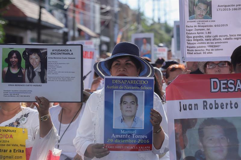 Madres muestran el rostro del dolor por las desapariciones en México .jpg
