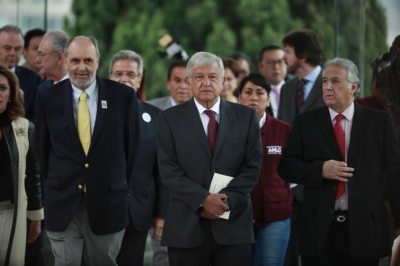Empresarios mexicanos piden un %22liderazgo%22 que no divida rumbo a elecciones .jpg