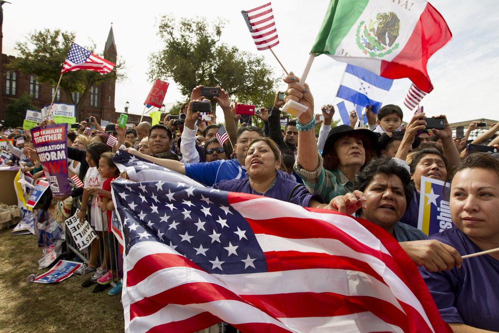 inmigrantes levantan su voz.jpg