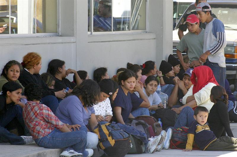 Detienen a 91 migrantes centroamericanos y 2 traficantes en el sur de México .jpg
