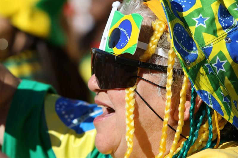 El mundial de Rusia debe mover unos 5.400 millones de dólares en Brasil .jpg