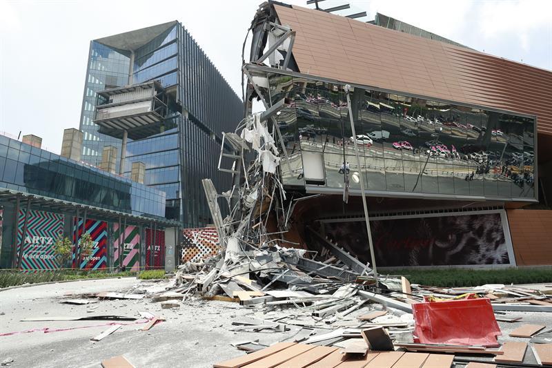 Se derrumba centro comercial en México sin dejar heridos o personas atrapadas .jpg