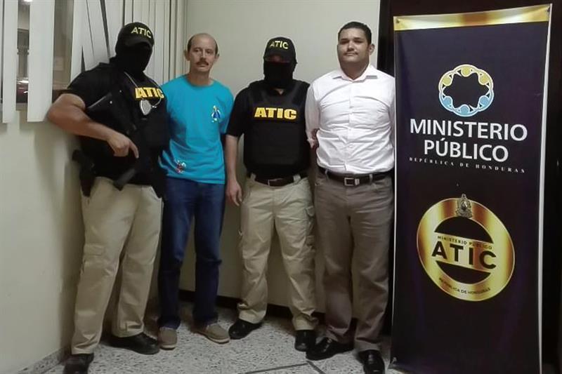 Detienen a una tercera persona acusada de desviar fondos públicos en Honduras .jpg