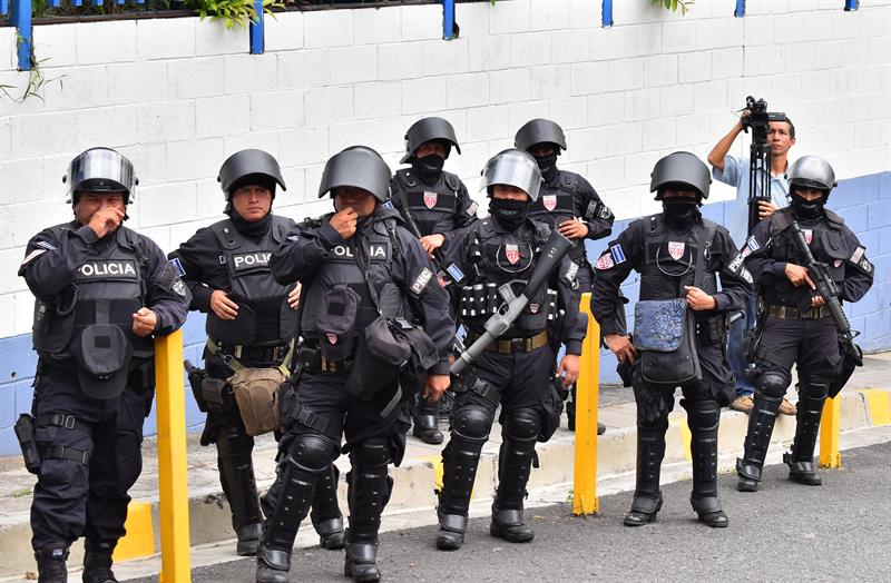 Cuerpos de seguridad son los más denunciados en El Salvador por violar DD.HH. .jpg