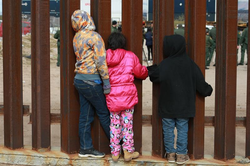 ninos migrantes.jpg
