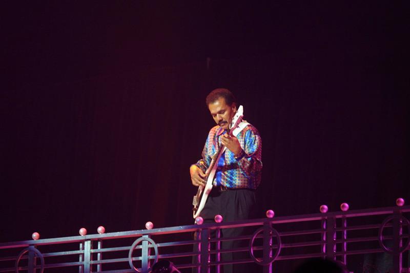 En la imagen, el bajista y productor musical puertorriqueño Bobby Valentín.
