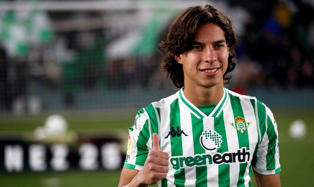 deporte - Diego Lainez.jpg