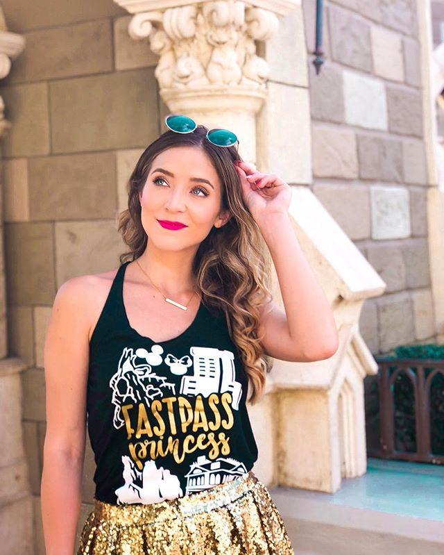Living that Princess life 👑💕 * * * This FastPass Princess shirt got me wondering which is the better system: Disney World's FastPass or Disneyland's MaxPass? 🤔 I feel like I can see advantages of both. * * * * Which do you think is better: FastPass or MaxPass? * * * * * * * * * #disneylifestyle #disneyobsessed #magickingdom #disneynerd #disneylife #disneylifestyler #disneylove #disneypicture #disneyphotographer #disneyphoto #orlando #styledbymagic #stylememickey #dressedindisney #disneystyle #waltdisneyworld #disneyworld #disneyvacation #disneyparksblog #disneythemepark #disneyblogger #disneyblog #disneygram #disneycommunity #instadisney #disneygirl #disneyinstagram #princess #disneyprincess