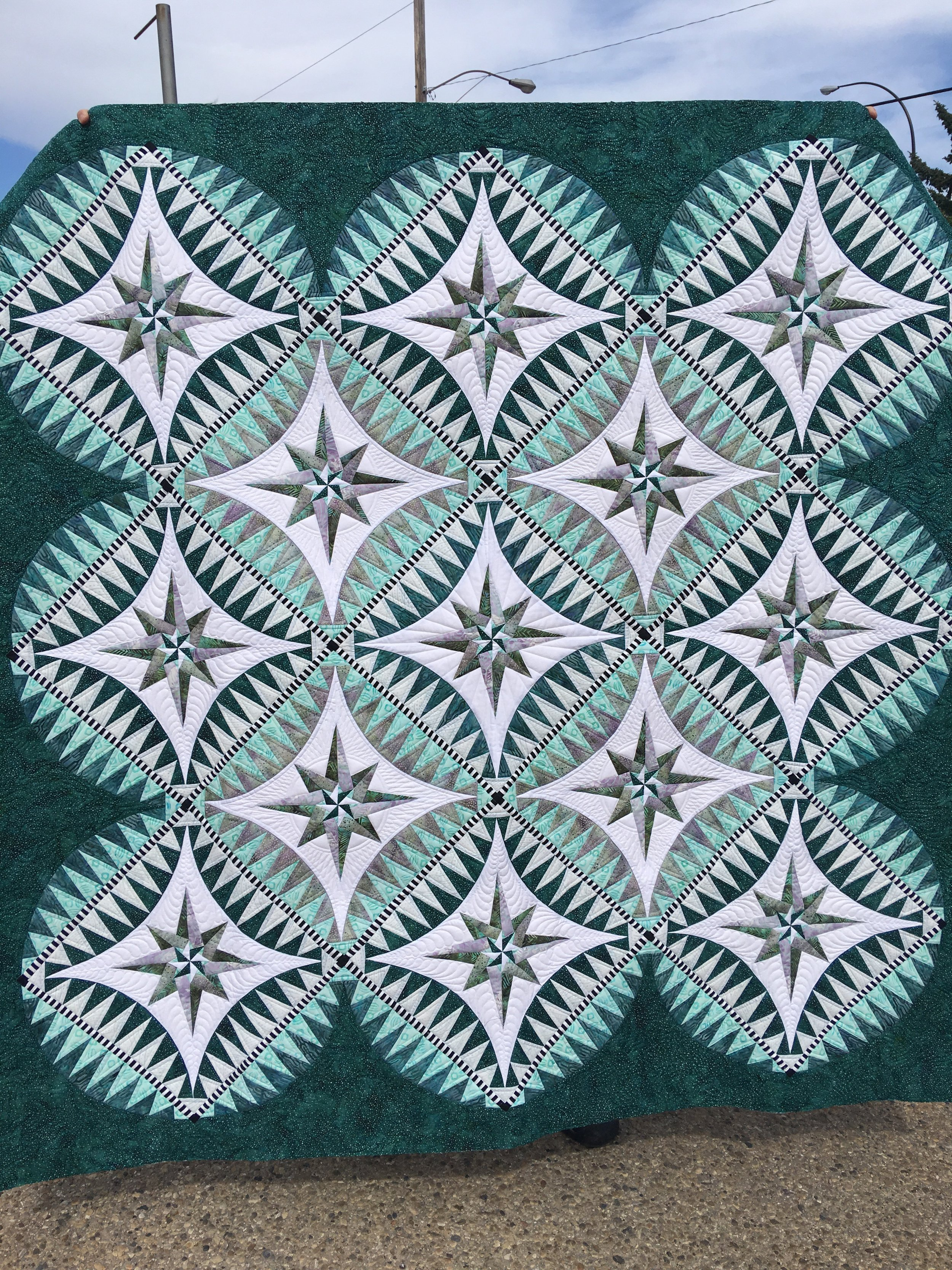 quilts still blue one star bzb ish and this is show patterns quilt then pin more but different spikey from a