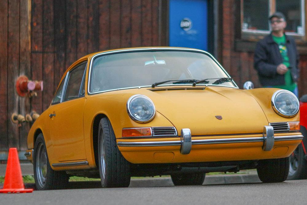 Yellow911-9646.jpg
