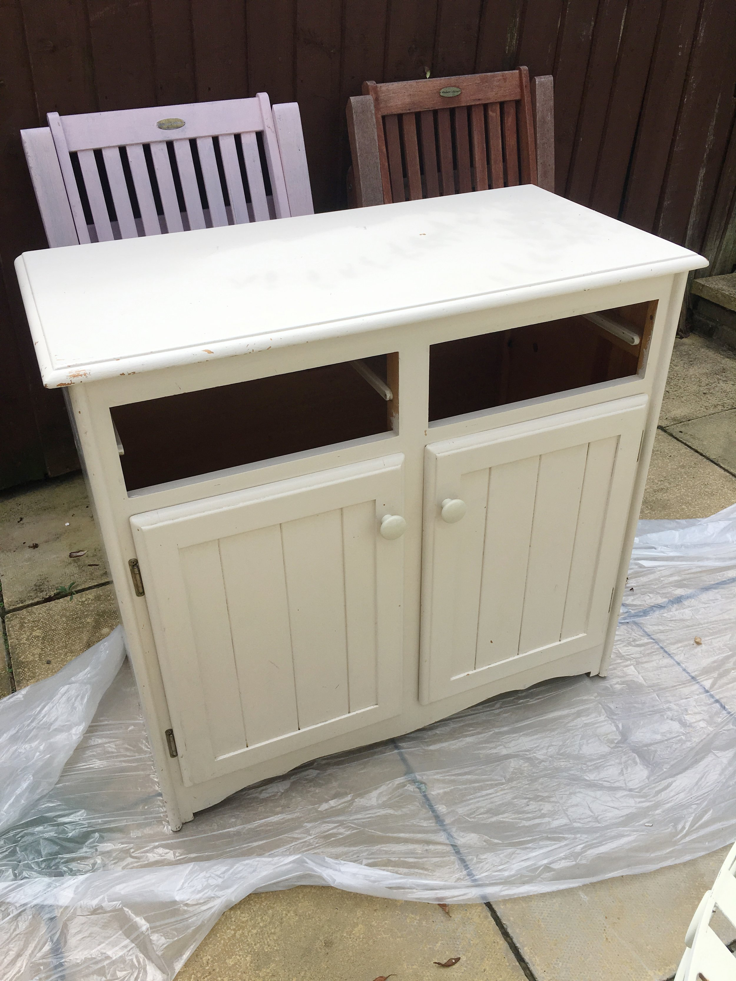 Before picture of sideboard, about to be painted with Annie Sloan Provence Chalk Paint. Pinafores and Peonies