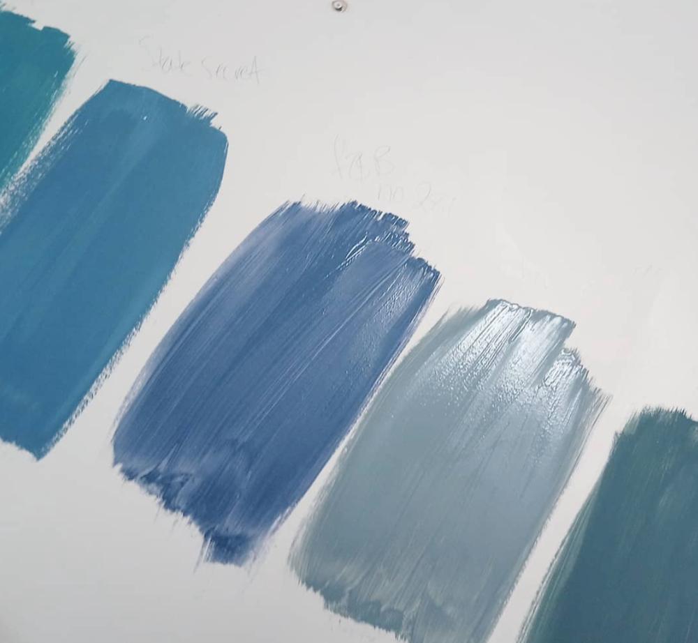 Blue, blue or blue?