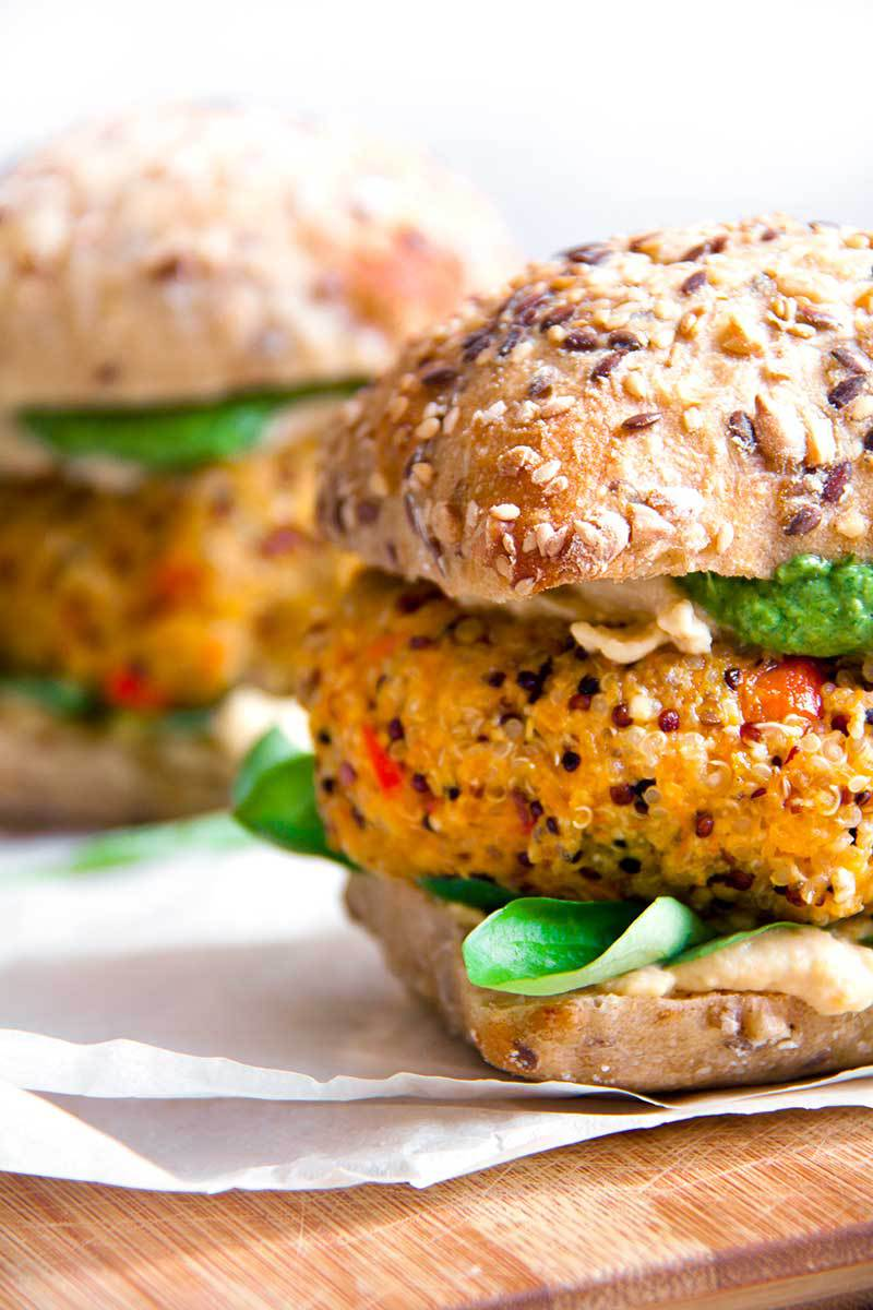 pompoen-quinoaburger-vegan-whole-foods-olievrij-03.jpg