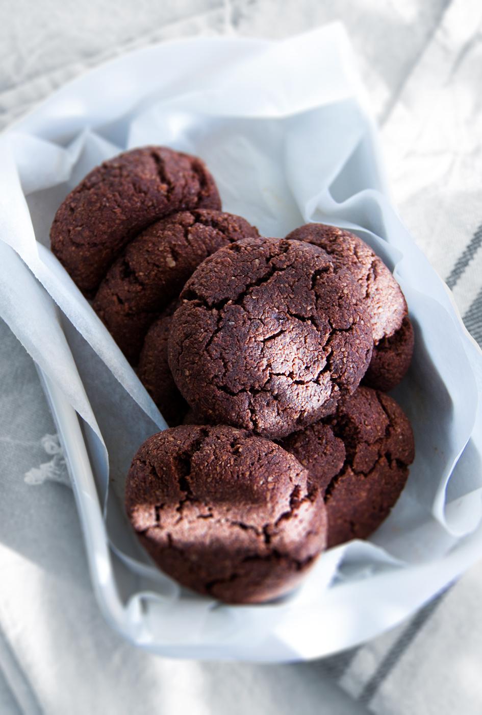chocolade-bounty-koeken-vegan-whole-foods-gezoet-fruit-glutenvrije-optie-olievrij.jpg