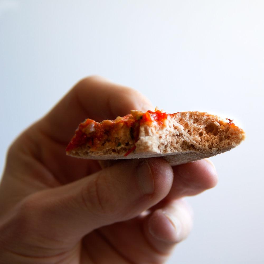 volkoren-pizzabodem-vegan-whole-foods-olievrij-snel-02.jpg