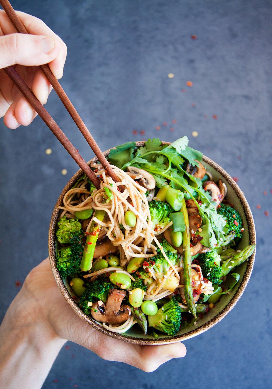 sobanoedels-lentegroenten-vegan-whole-foods-vetarm-glutenvrij-01.jpg