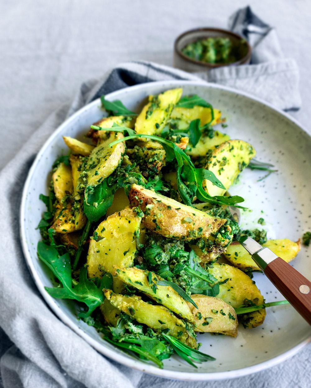 aardappelsalade-dragonpesto-vegan-whole-foods-olievrij-notenvrij-glutenvrij.jpg
