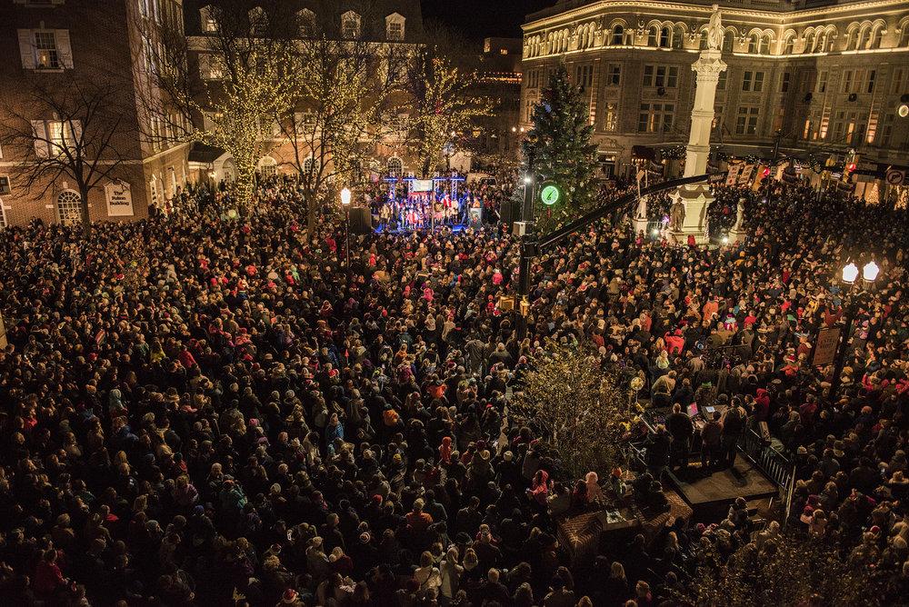 Copy of 2017_Christmastree_lighting030.jpg