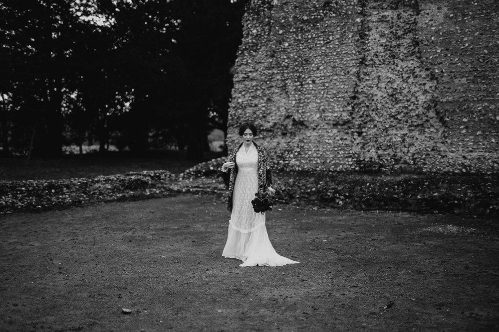 Annabella Suffolk Portraits Bridal Session (3).jpg