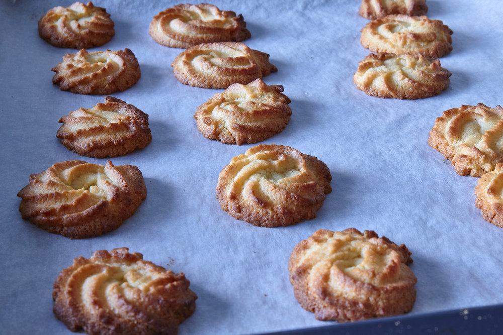 Danish Vanilla Cookies (Vaniljekranse) - yummy vaniljekranse right out of the oven   In Carina's Kitchen